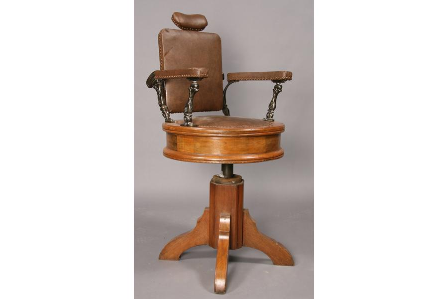 Antique Wooden Barber Chairs Quot Emperor Barber Chair