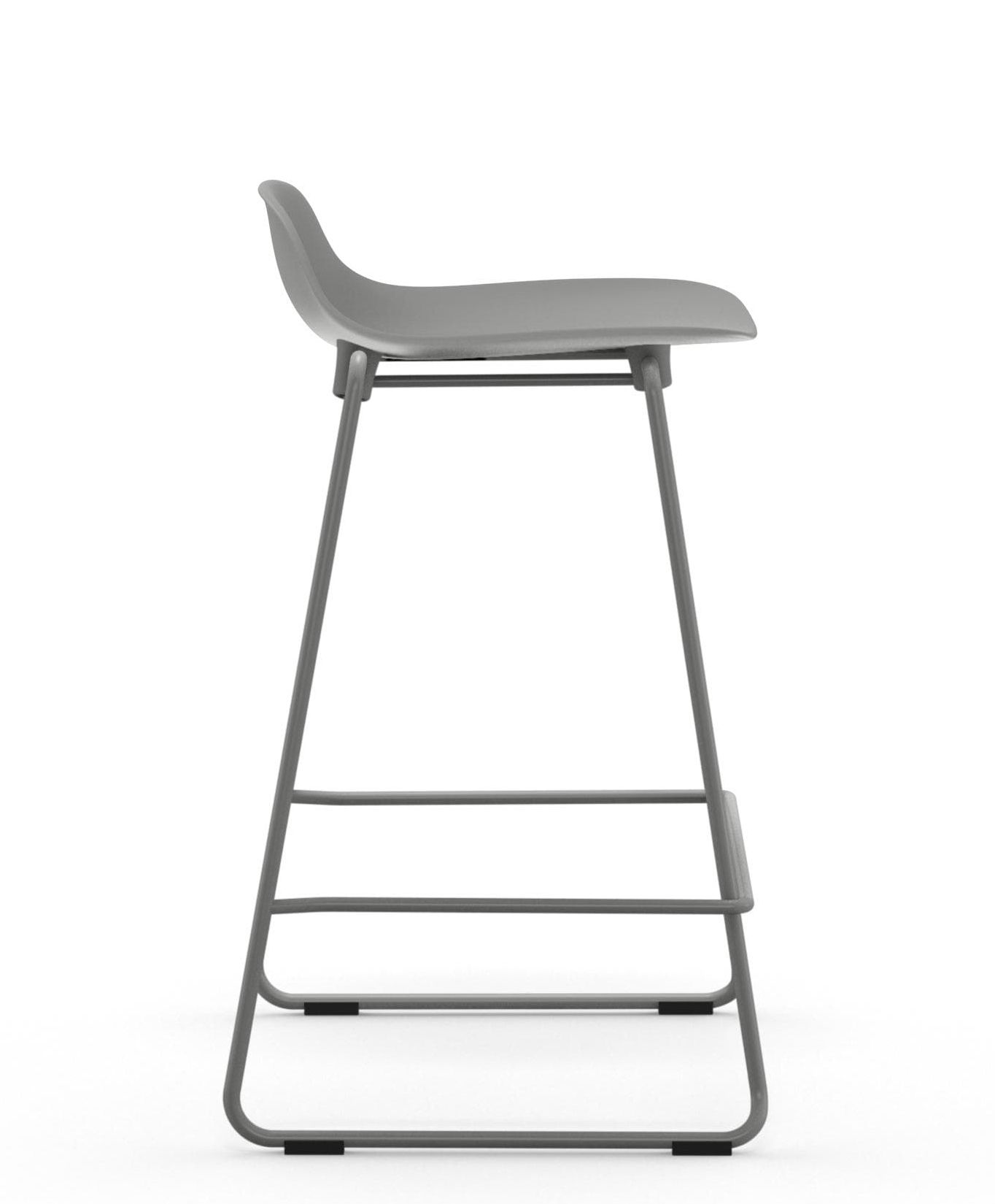 Tabourets Bar Empilables Tabouret De Bar Form Empilable Pied Métal H 65 Cm Normann Copenhagen