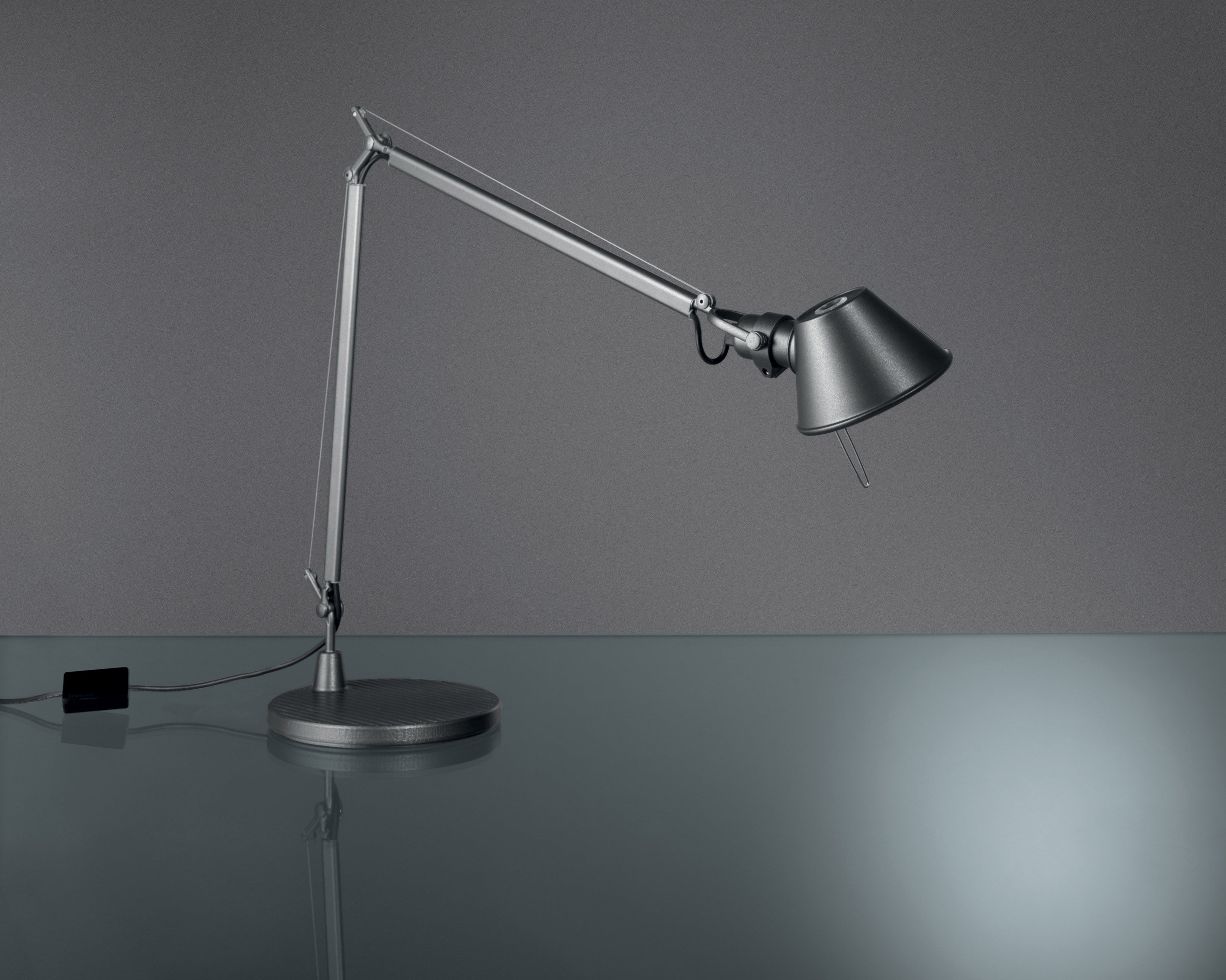 Lampe Artemide Tolomeo Midi Led Table Lamp By Artemide
