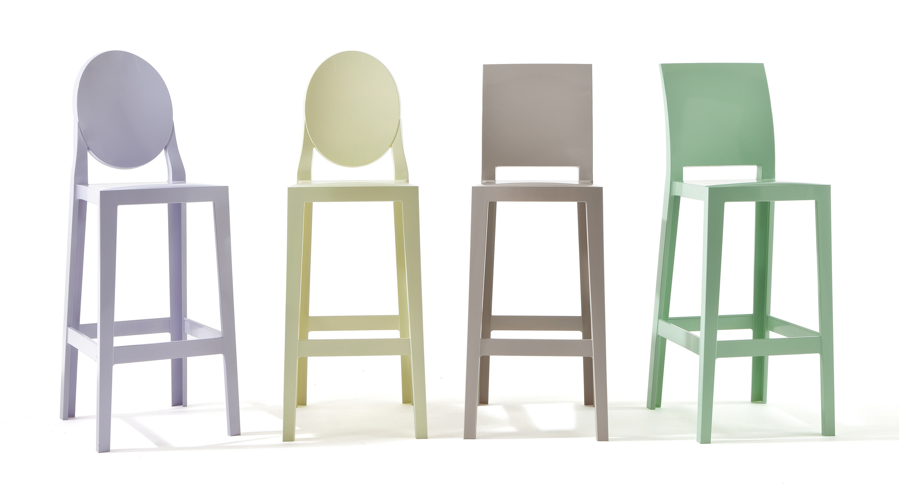 Tabourets Chaises Chaise De Bar One More H 65cm Plastique Kartell