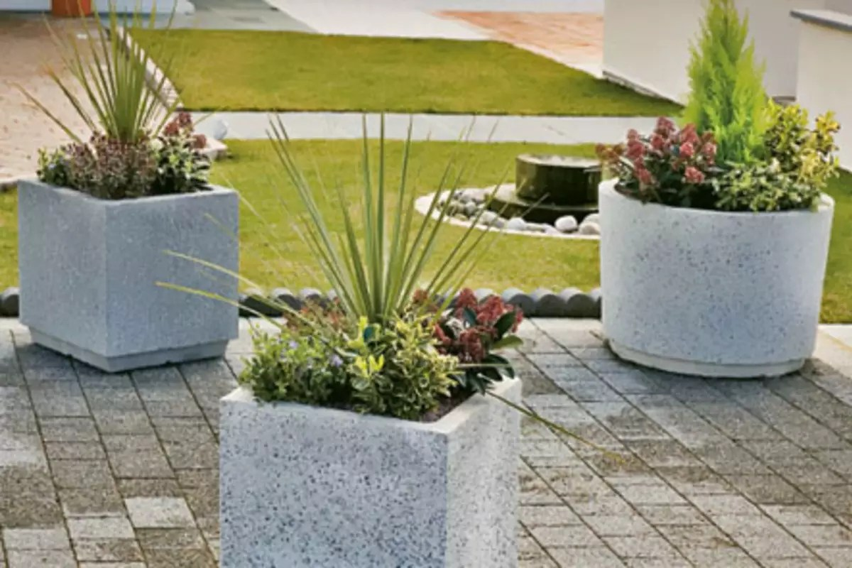Square Concrete Planter Monoscape Strada Square Concrete Planter Marshalls