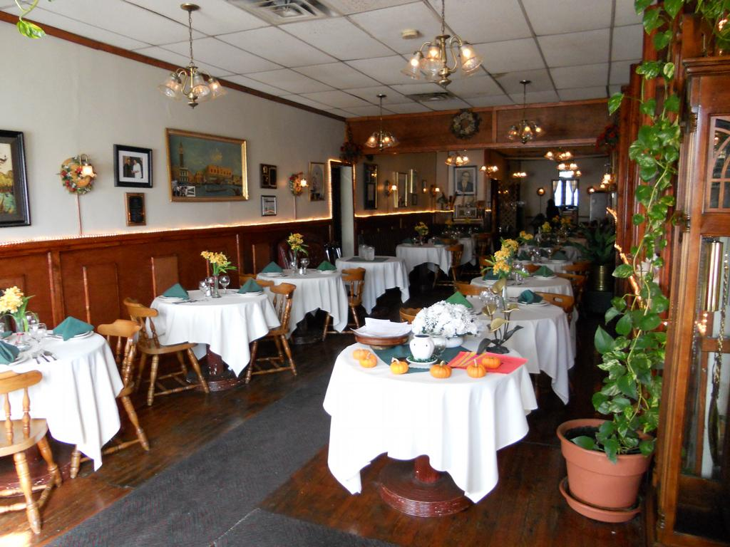 Johnny's Farmhouse Restaurant Johnnies Italian Restaurant Philadelphia Pa 19135 215
