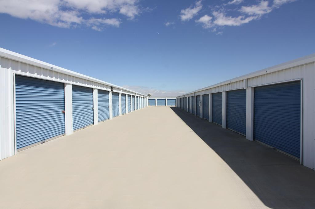 Rightspace Storage Hesperia Ca 92345 760 947 5838