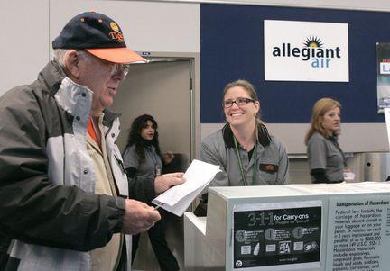 Allegiant Airlines brings 60 jobs to Grand Rapids, adds nonstop