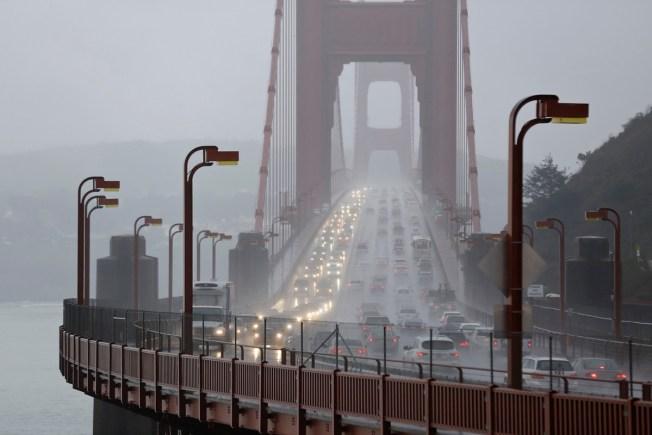Construction Cost Could Delay Golden Gate Bridge Suicide Barrier - NECN