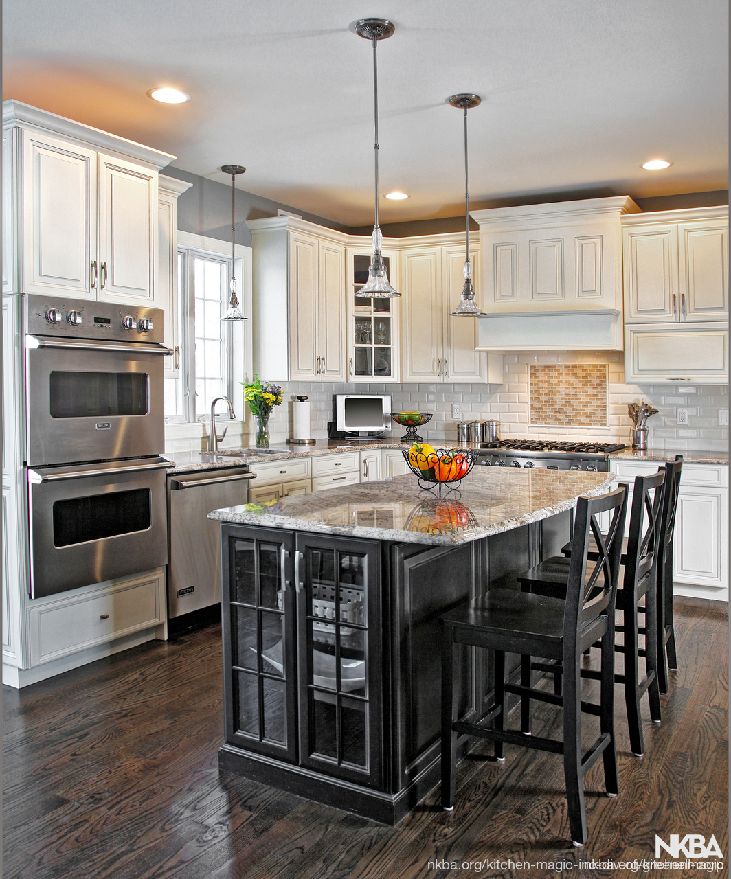 Fascinating Kitchen Island White Cabinets Black