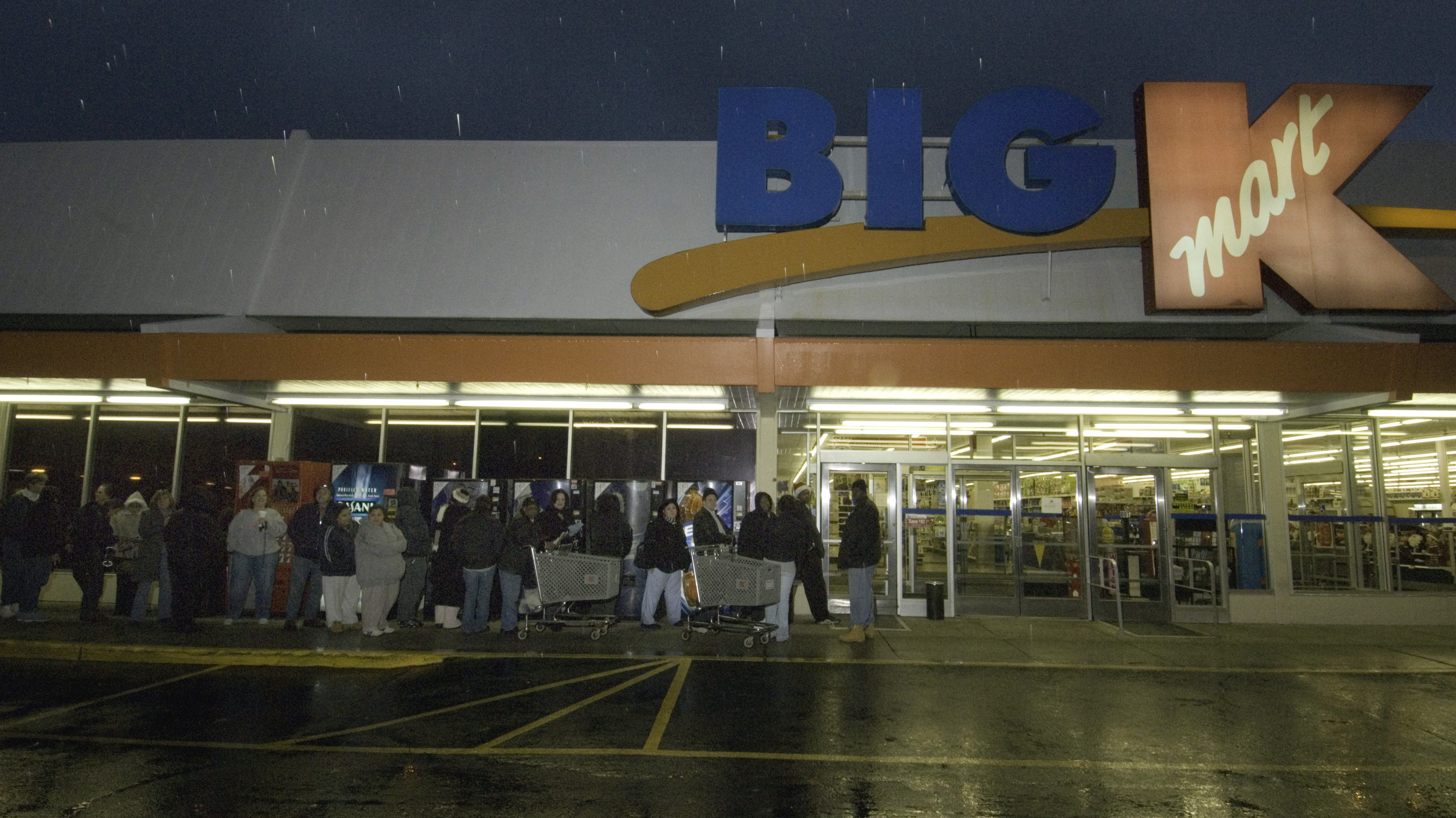 Kmart Careers 41 Hours Of Retail Kmart S Black Friday Plan Is Criticized The