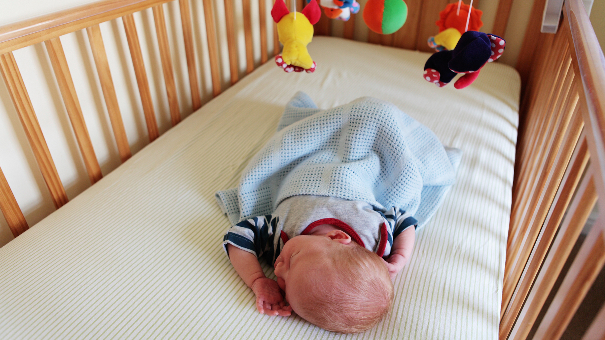 Airwrap Cot Bumper Study Shows Increase In Babies Deaths Due To Crib Bumpers Shots