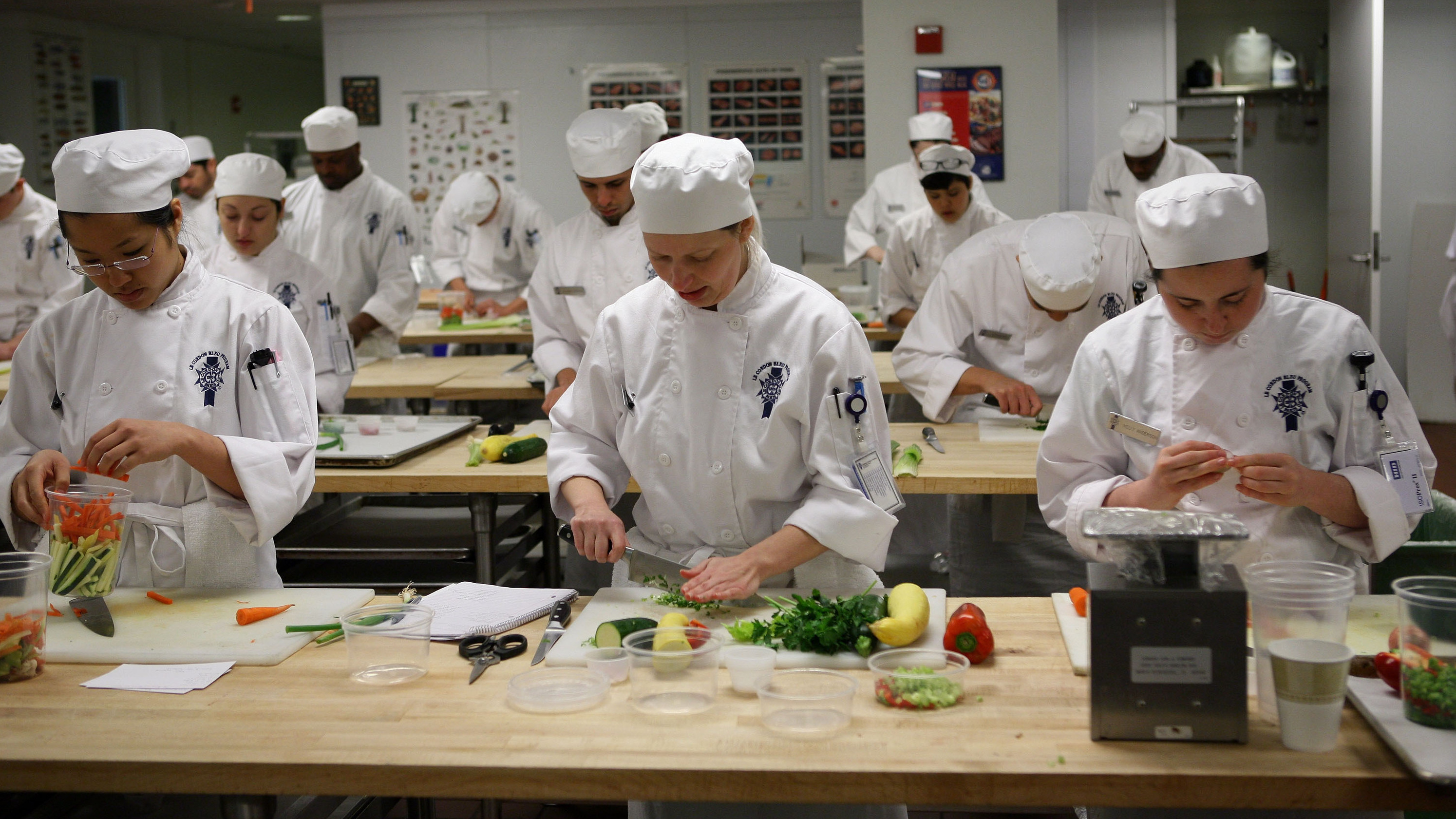 Cuisine Us As U S Bids Adieu To Le Cordon Bleu Not All Chefs Say It S Cream