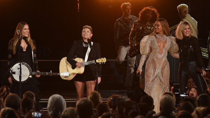 Beyoncé And The Dixie Chicks Offer Up Lessons On Country Music\u0027s