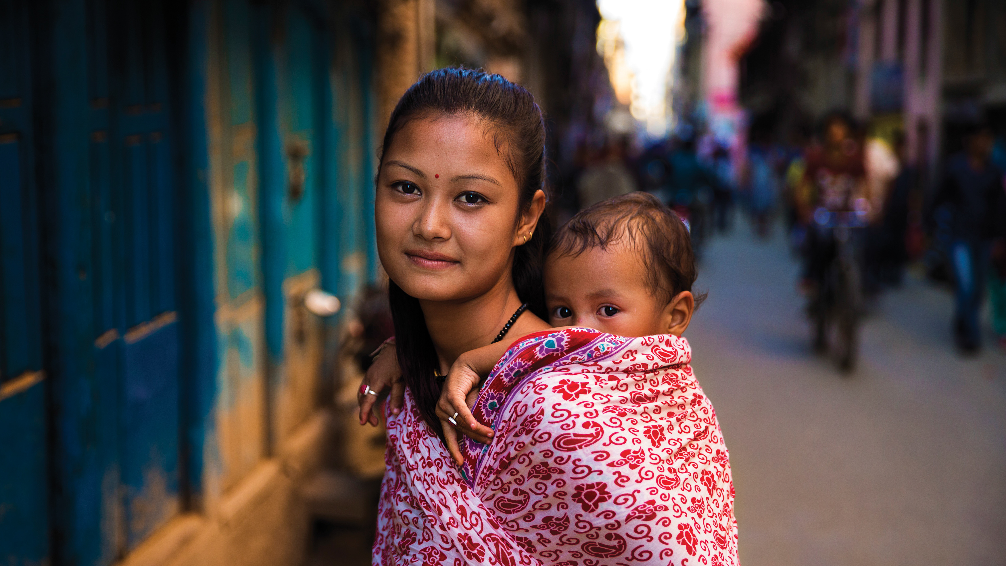 p.163-nepal-photo-by-mihaela-noroc-from-the-atlas-of-beauty-published-by-ten-speed-press-82_wide-d147dfe63b9b68ba8ab44eed80678fe2682e2aaa Aaa 「new」music Video