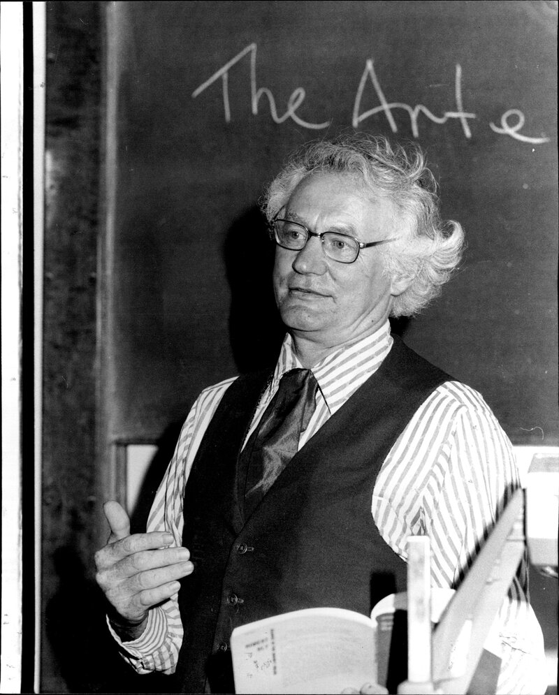 Arte Vietnam English Robert Bly Is The Poet Of Minnesota Vietnam And Mythical Men Npr