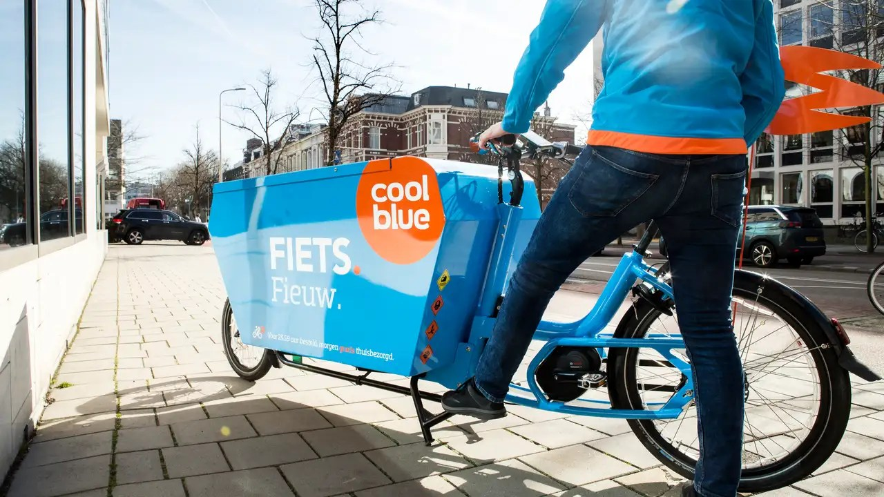 Store En Stock Web Store Coolblue Wants To Open Five Stores This Year