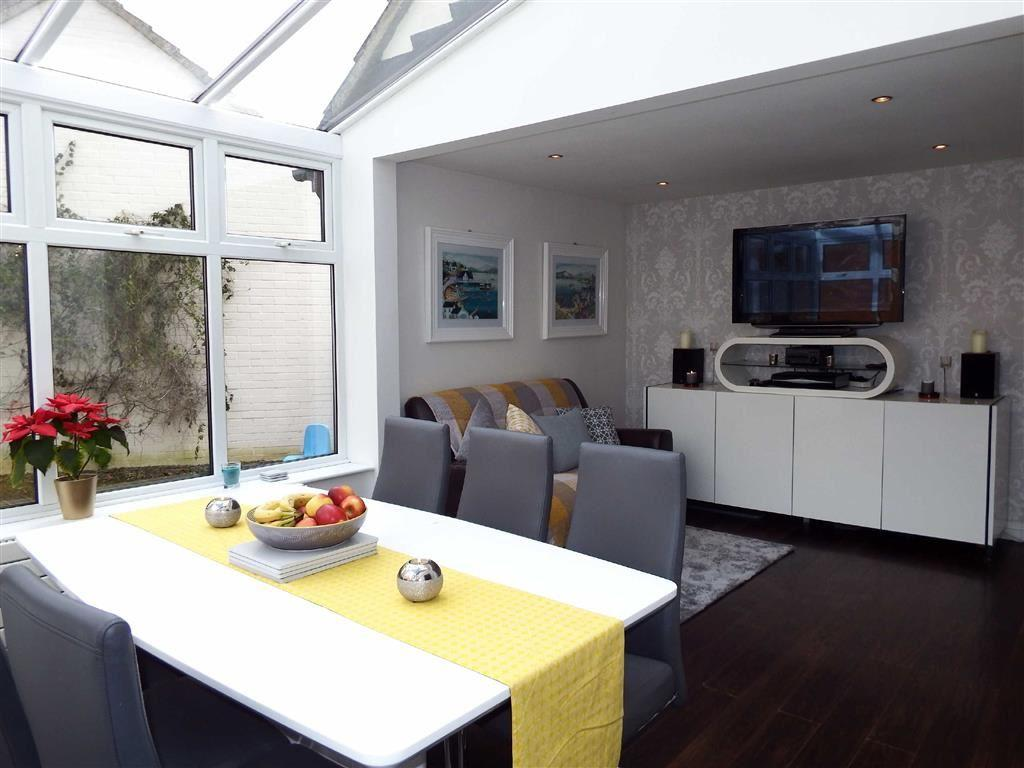 Garage Conversion Hertfordshire The Hedgerows Stevenage Hertfordshire Sg2 4 Bed Detached