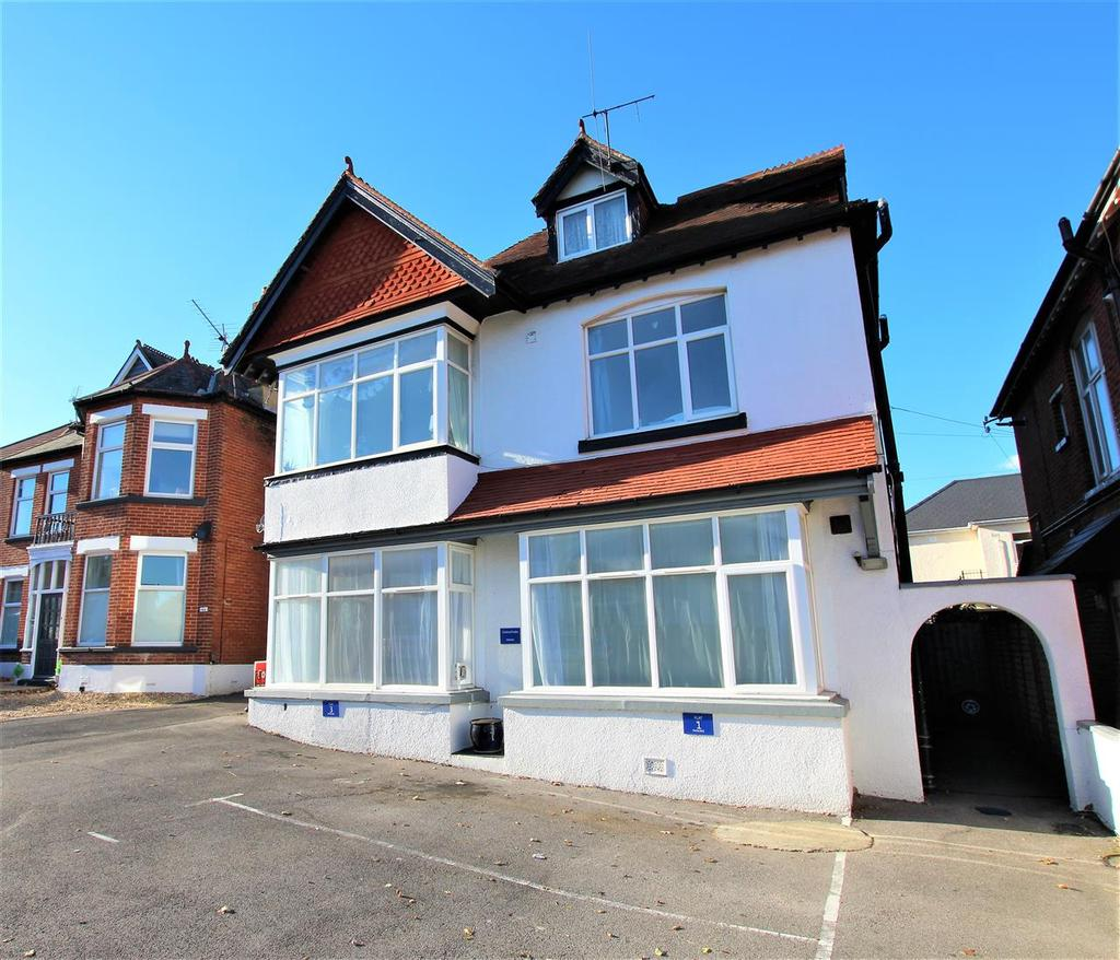 2 Bed Flat Bournemouth Beresford Road Bournemouth 2 Bed Flat 185 000