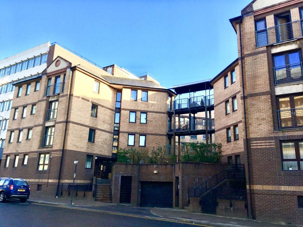 1 Bed Flat Glasgow Brown Street City Centre Glasgow 1 Bed Flat 750 Pcm 173 Pw