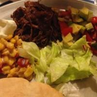 Pulled Beef med chilisås och avocadosalsa