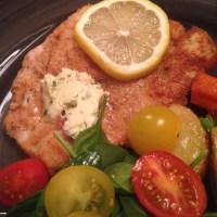 Schnitzel med citron & ansjovis smör