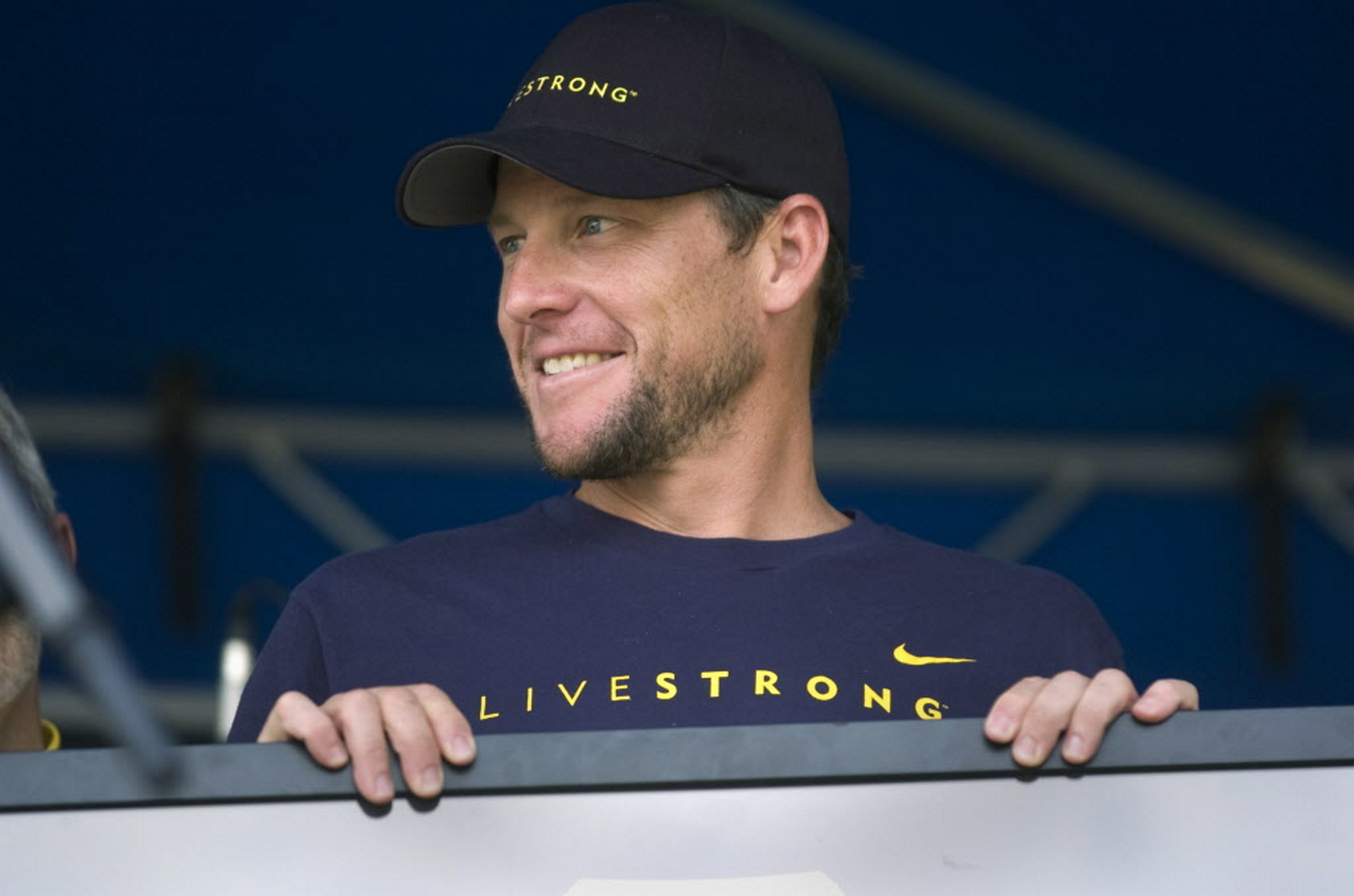 Libro De Lance Armstrong New Book About Greg Lemond Includes A Look At His Role In