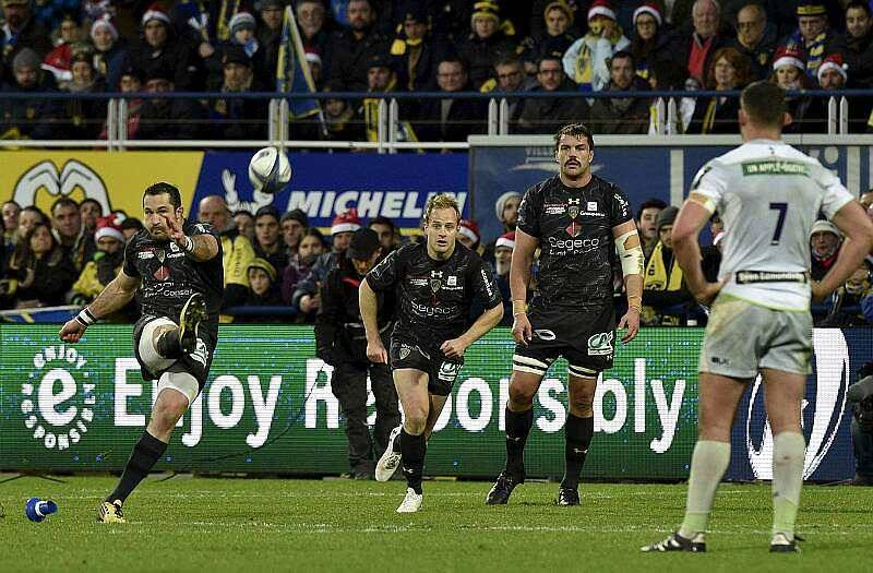 Quart De Finale Coupe D Europe Rugby Rugby Coupe D Europe Clermont Bat Encore Les Saracens Et