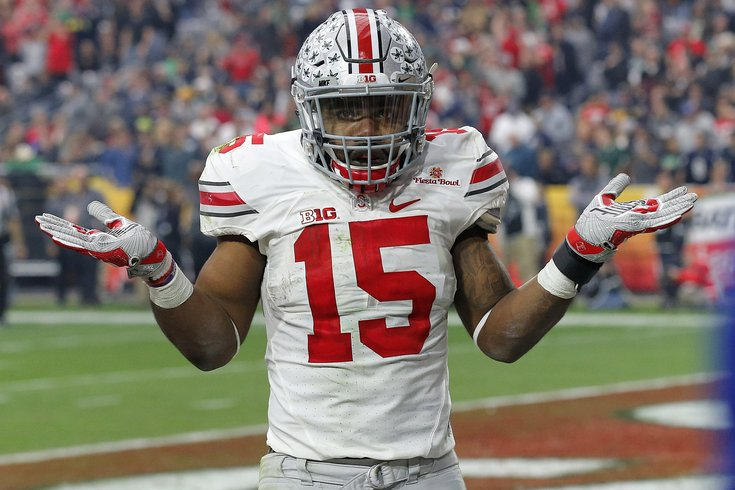Drafting Ezekiel Elliott at eighth overall would be an awful use of