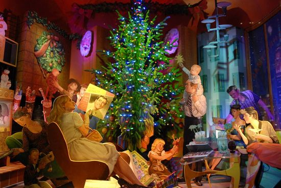 121 best Christmas Department Store Window Displays images on - simple christmas tree decorating ideas