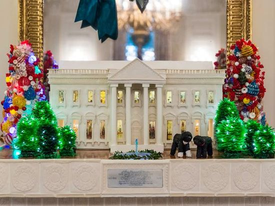 235 best ~58~A White House Christmas~ images on Pinterest - simple christmas tree decorating ideas