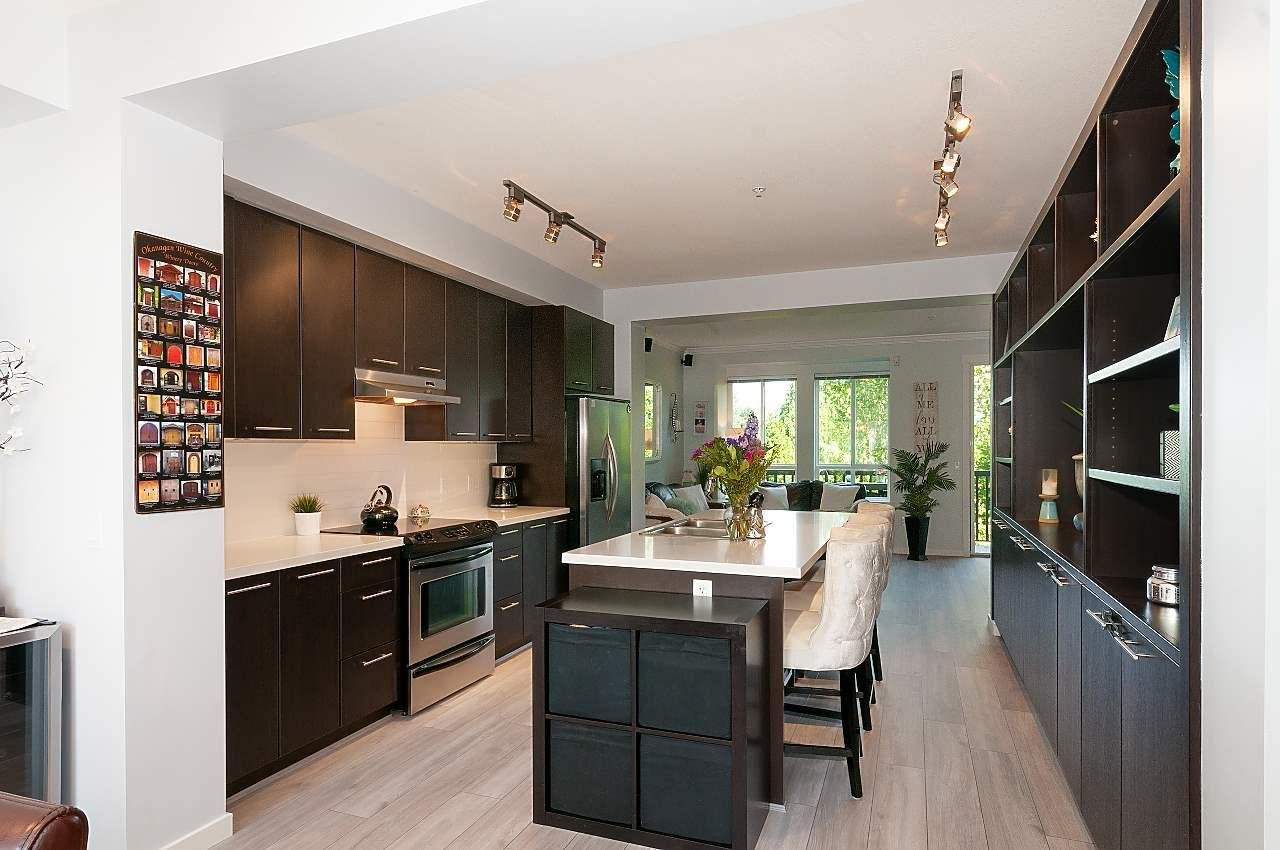 Kitchen Cabinets Port Coquitlam 81 2418 Avon Place Port Coquitlam 4 Beds 4 Baths For Sale