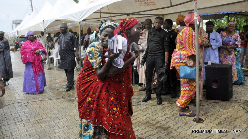 Nigerian Military Supports Negotiated Release of Kidnapped Girls
