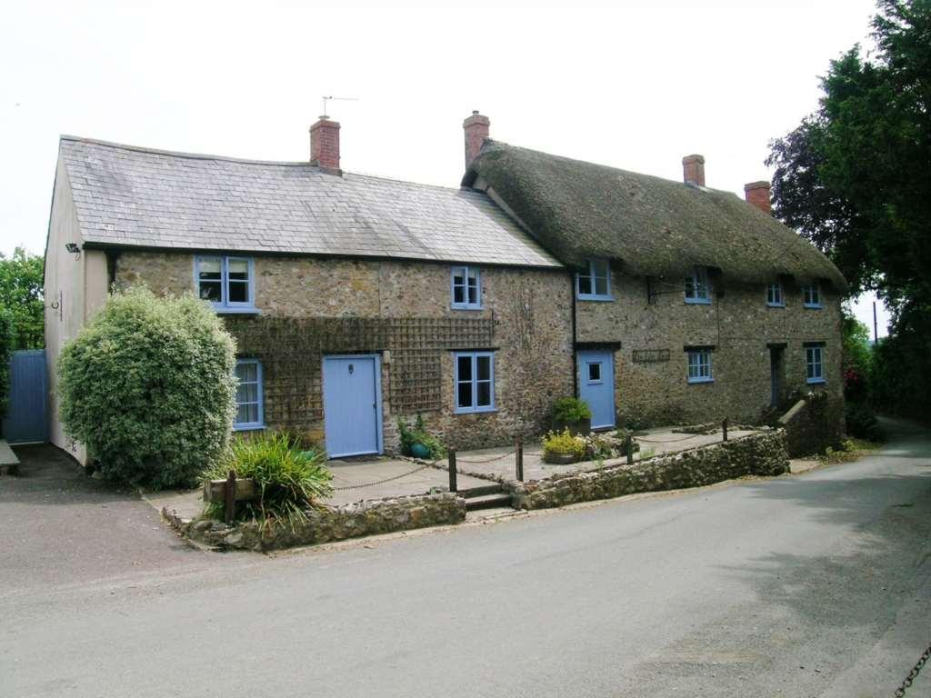 Farmhouse For Sale Dorset 4 Bedroom Detached House For Sale In Holditch Nr Chard