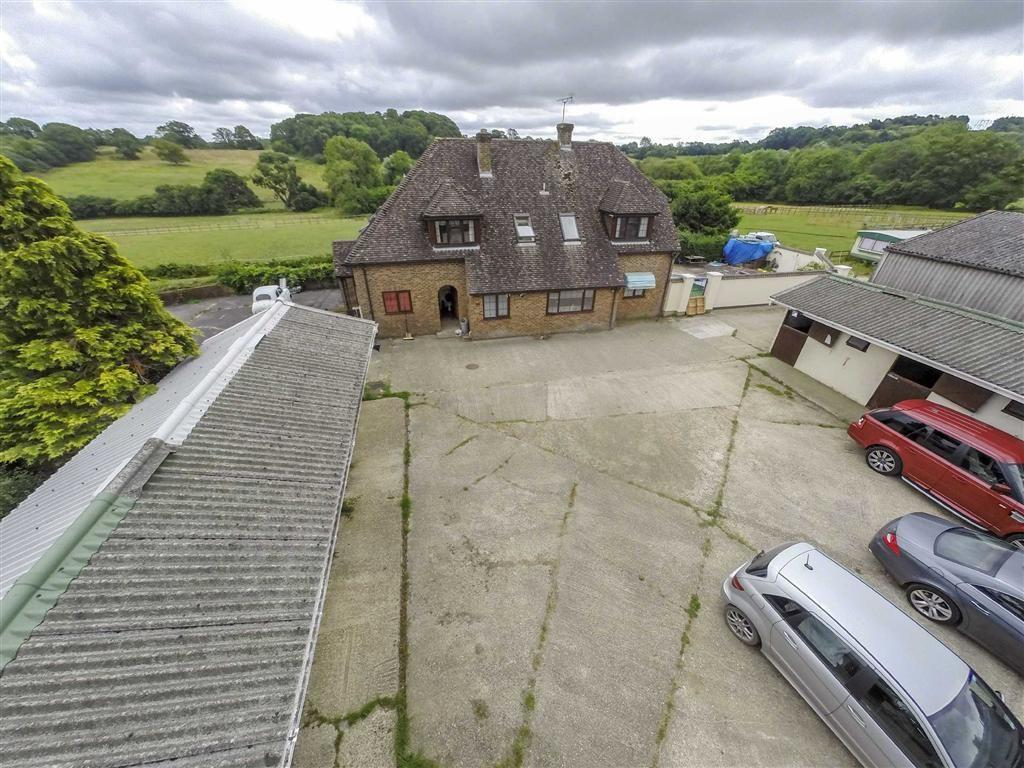Farmhouse For Sale Dorset 5 Bedroom Farm For Sale In Brickyard Lane Wimborne