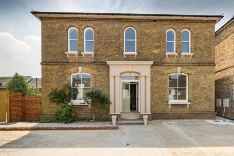 Properties For Sale in Faversham - Flats  Houses For Sale in