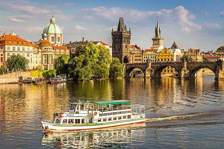 Berlin Wallpaper Hd Prague Guide De Voyage Prague Routard Com