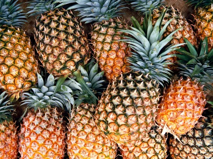 How to Pick the Best Pineapple SELF