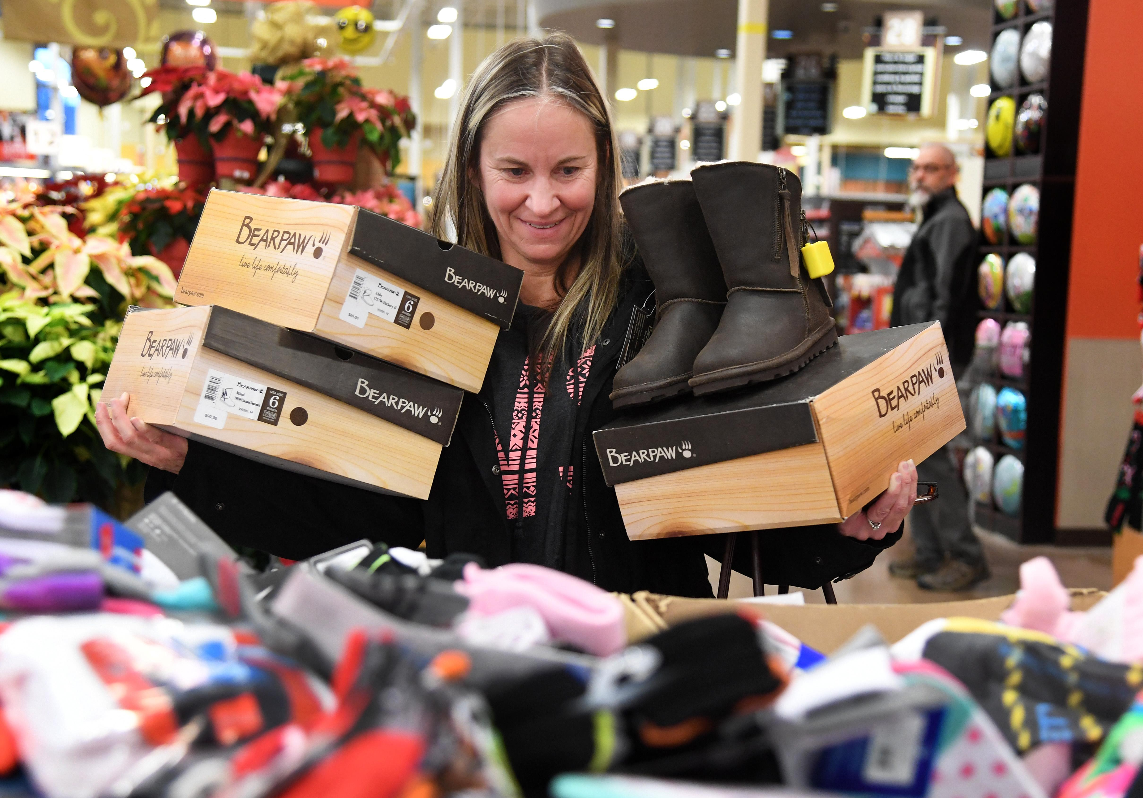 Black Friday Shopping Two Thirds Of Northwest Shoppers Will Stay Clear Of Stores On