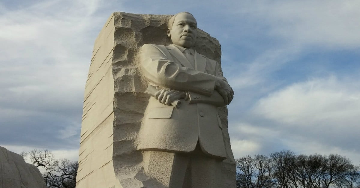 31 Powerful Quotes by Dr Martin Luther King, Jr