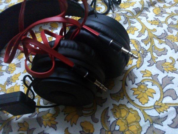 Avantree_Hive_Wireless_Bluetooth_Stereo_Headphones-2