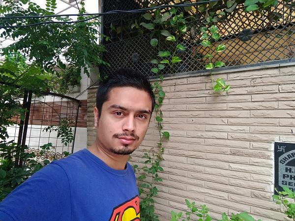 Asus ZenFone Selfie Camera Sample Beautification