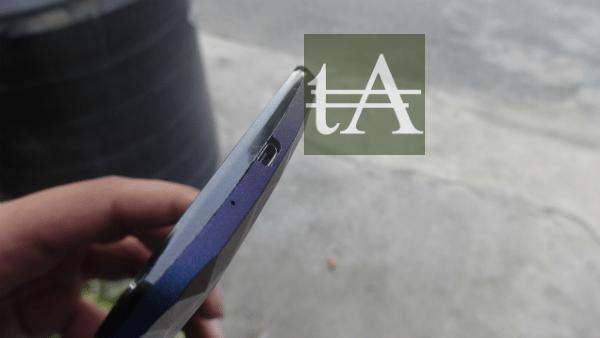 Asus ZenFone 2 Deluxe Port