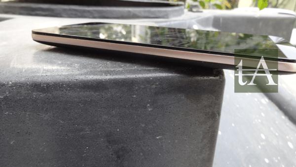 Asus ZenFone Max Sides