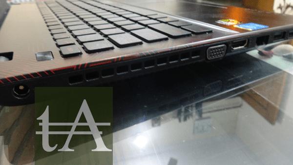 Asus R510JX Left Side