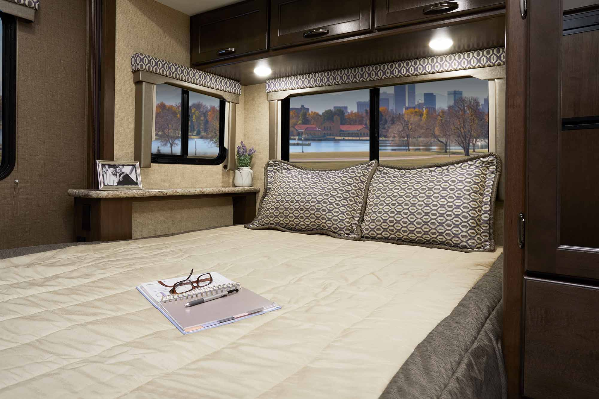 Freedom Bed Head Freedom Elite Class C Motorhomes