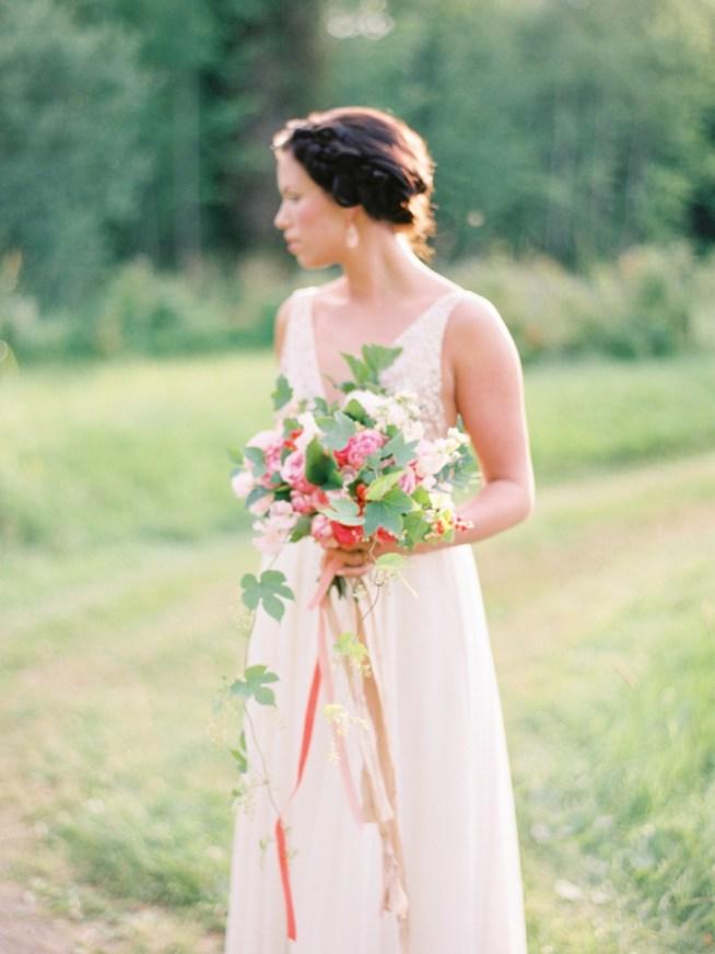Coral_Wedding_Inspiration_2BridesPhotography_027