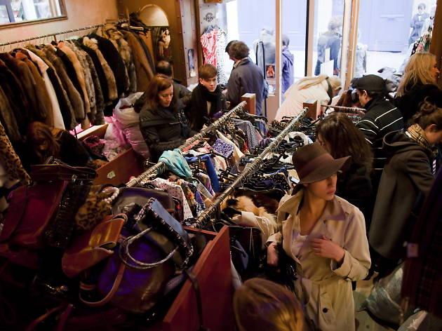 Free \u0027P\u0027 Star Shopping in Le Marais, Paris