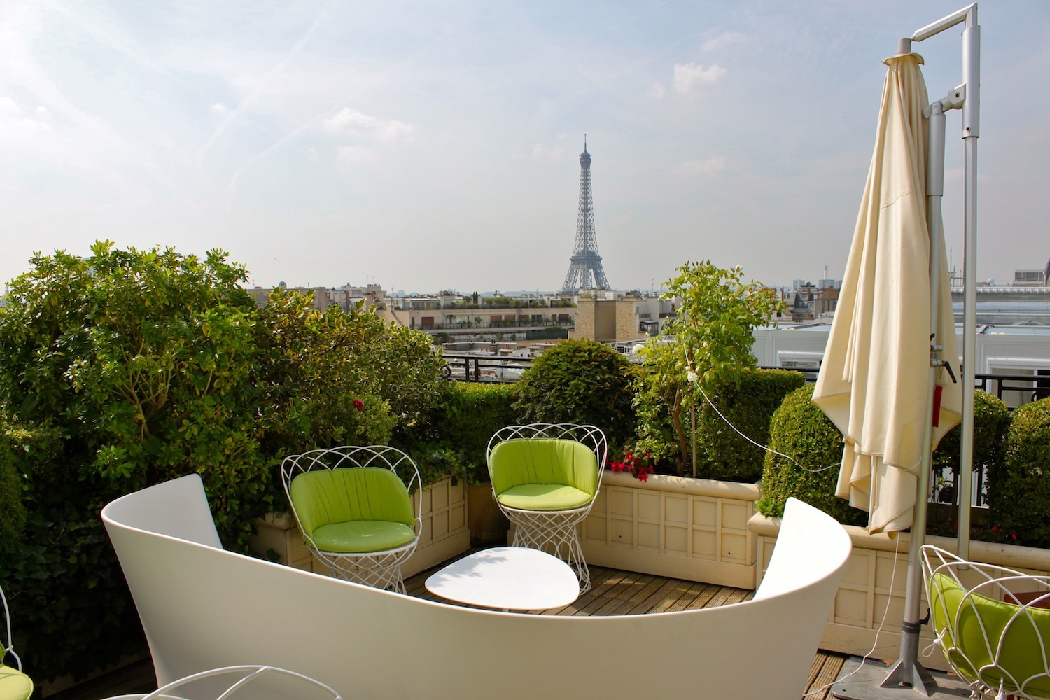 Amenagement Terrasse Hotel Rooftop Paris Les Bars Terrasses Du Moment