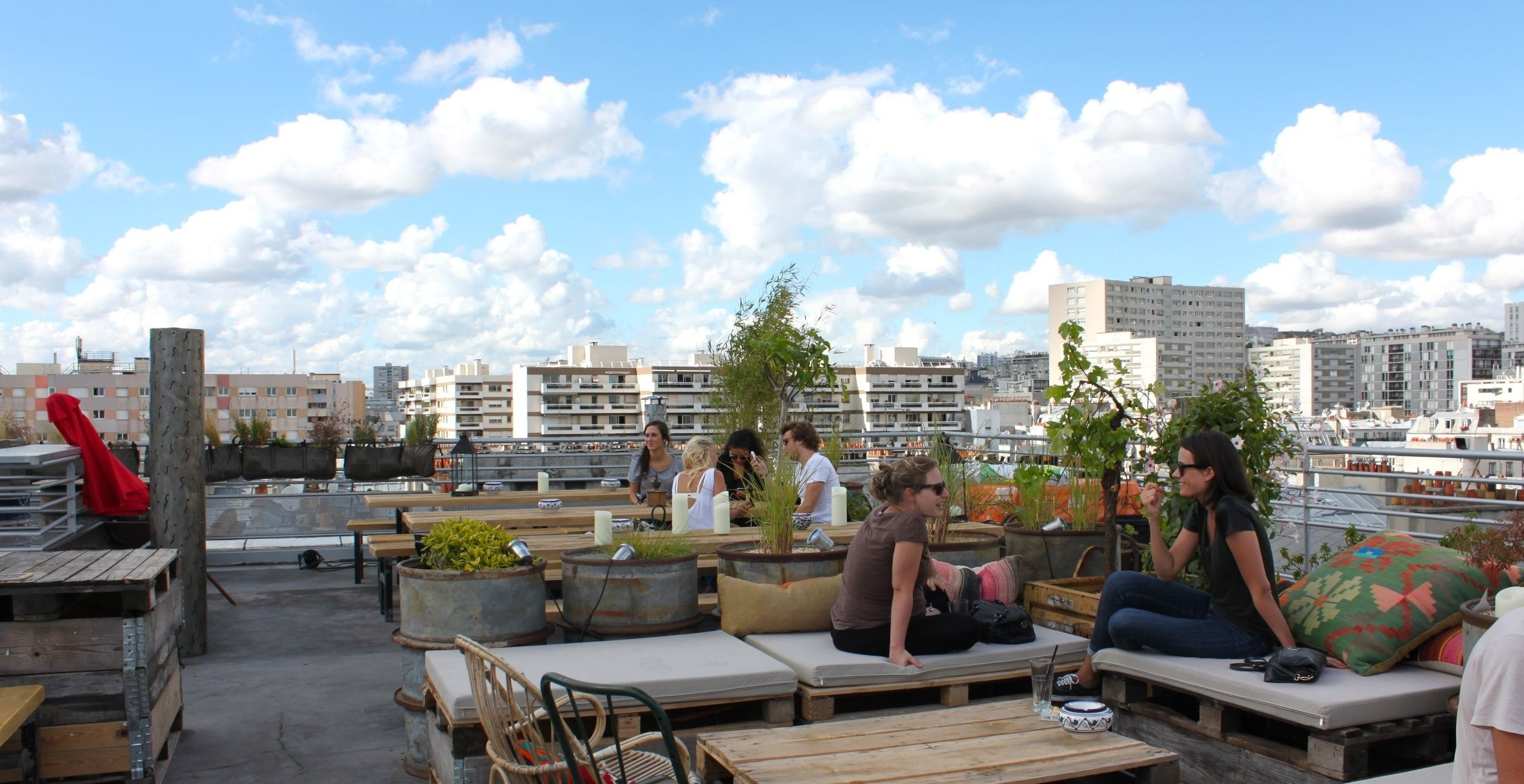 Toit Terrasse Paris Restaurant The Best Rooftop Bars In Paris Bars And Restaurants Time