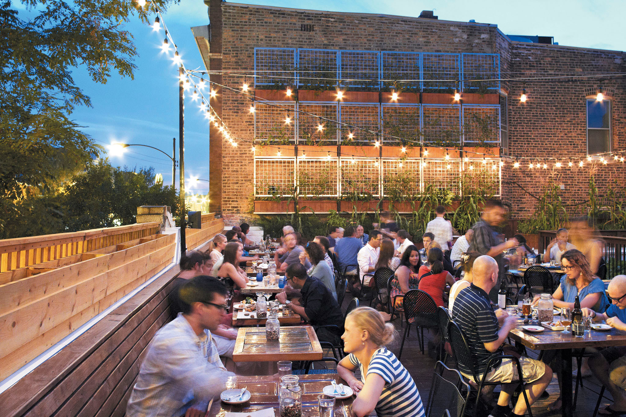 Restaurant Farmhouse Chicago Beer Gardens Rooftop Bars And Outdoor Dining Spots In Chicago