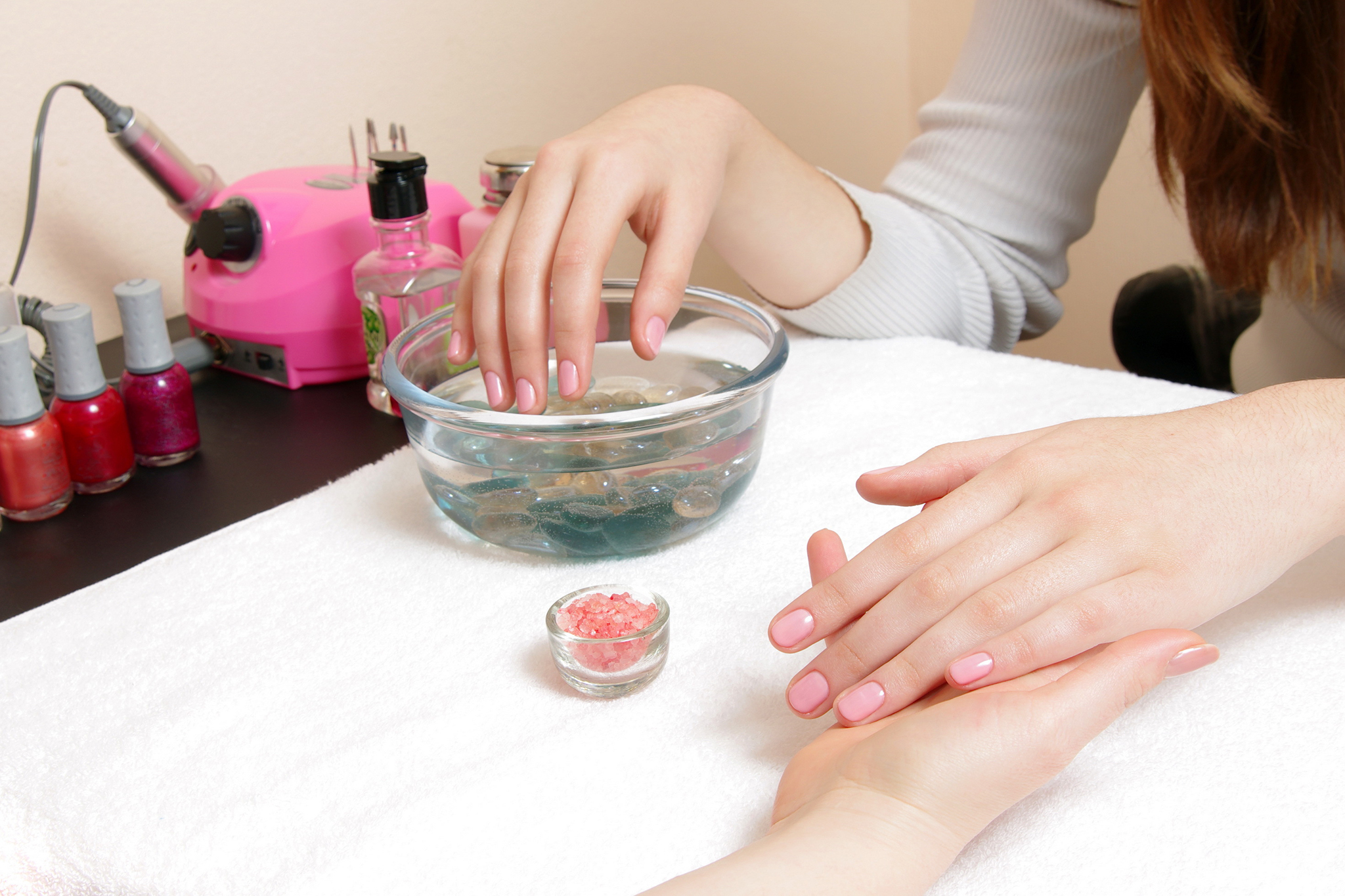 Pedicure Salon Best Cheap Nail Salons In Nyc For Stylish Mani Pedis On A Budget