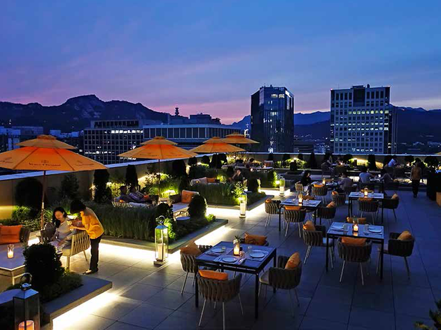 Sofa Hotel Istanbul Hotel Rooftop Bars? We've Got Great Ones Here In Seoul!