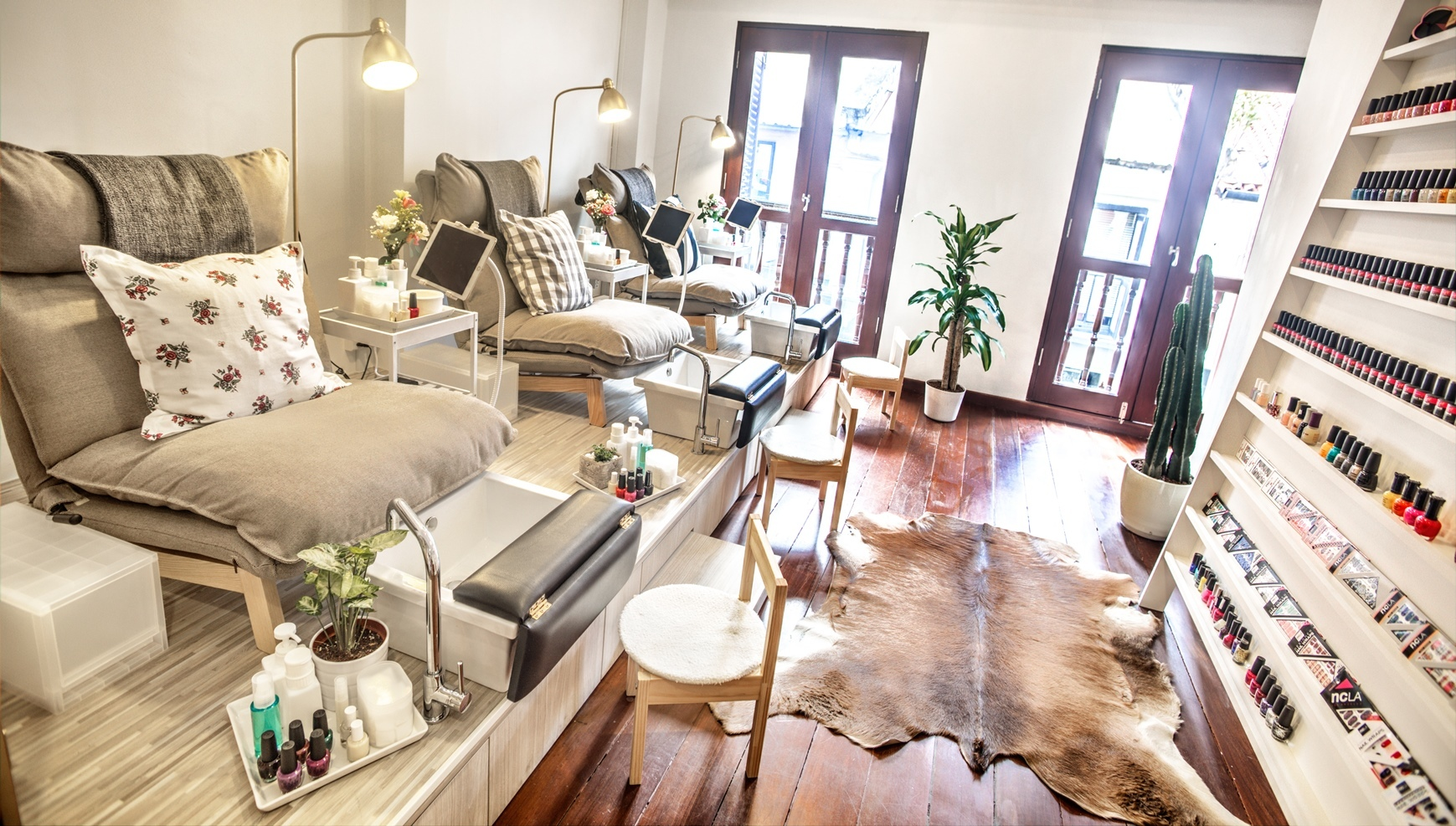 Pedicure Salon 9 Best Nail Salons In Singapore For Mani Padi And Nail Art